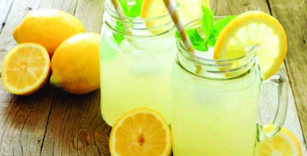 فوائد صحية تبدأ مع إفطارك بعصير الليمون