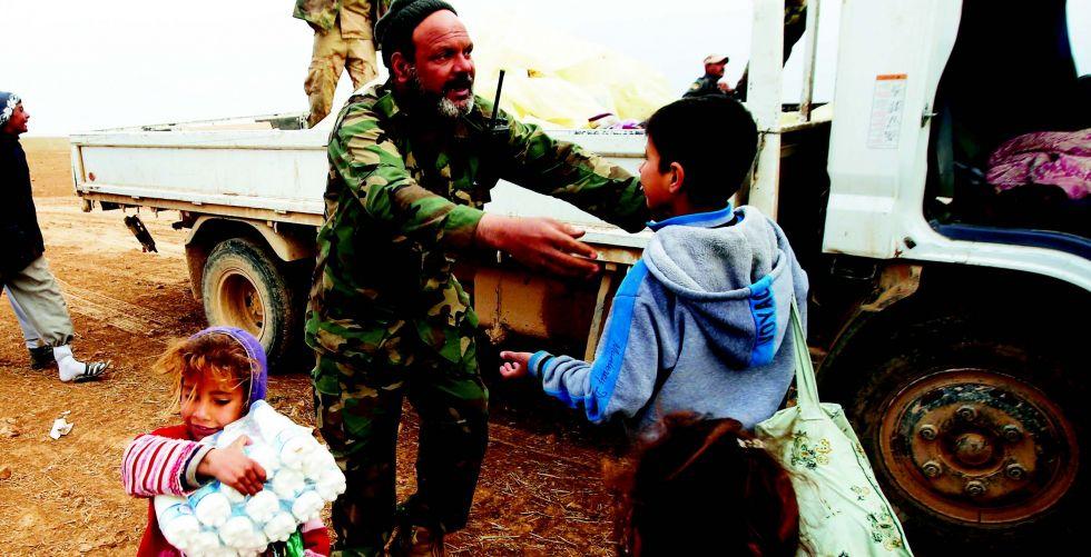 العراقيون يحيون الذكرى الخامسة لصدور الفتوى المباركة