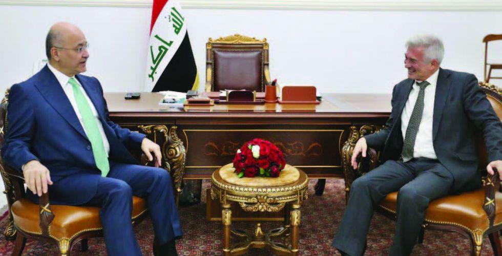 صالح يشدد على ضرورة الارتقاء بالخدمات المقدمة للمواطنين