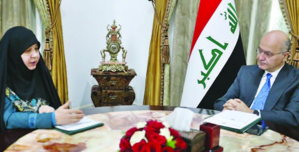 صالح يستقبل رئيسة مؤسسة الشهداء