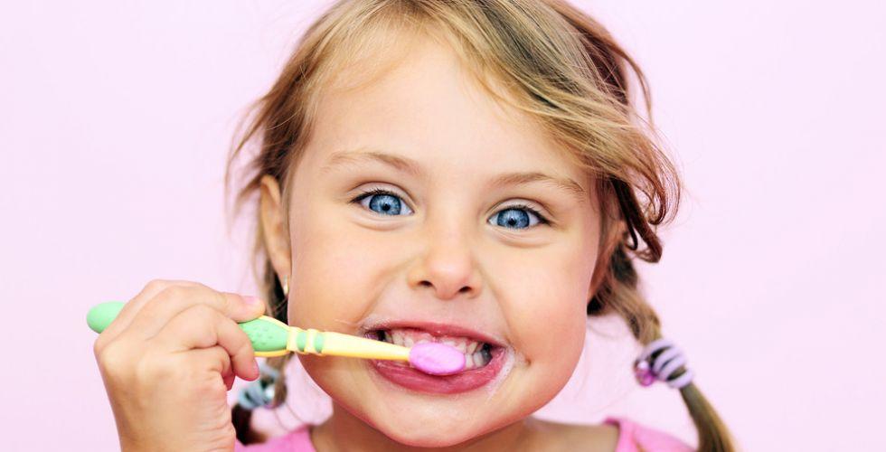 فرشاة الأسنان تُجنّب الأطفال أمراض القلب مستقبلاً
