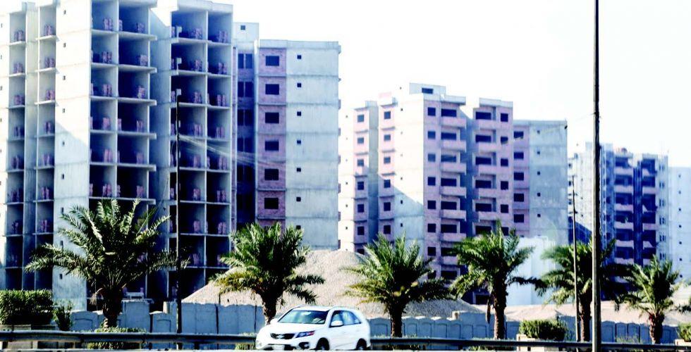 عائلات الشهداء تطالبُ بتوفير البدل النقدي للوحدات السكنيًّة