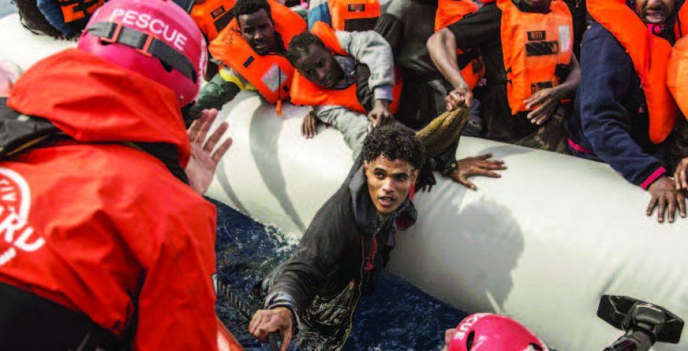 غرق 100 مهاجر قبالة  السواحل الليبية