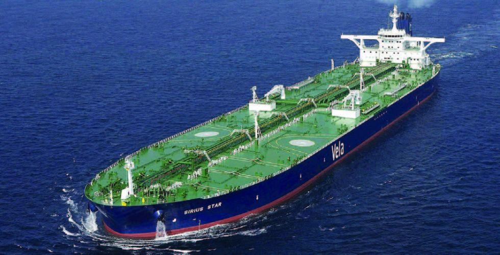 النفط يرتفع والحرب التجارية بين أمريكا والصين تكبح المكاسب