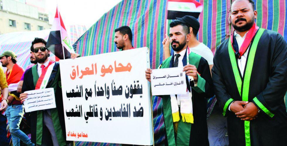 محامون يدافعون بالمجان عن معتقلي التظاهرات.. وصحفيون يتبرعون بالدم