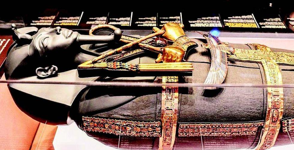 عرض كنوز توت عنخ آمون في لندن