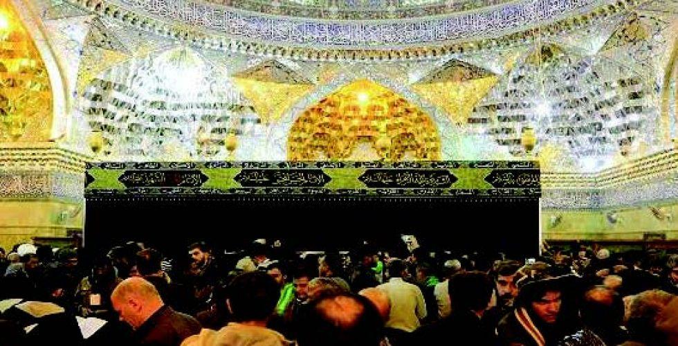 توافد الزائرين لإحياء ذكرى استشهاد الإمام  الحسن العسكري (ع)