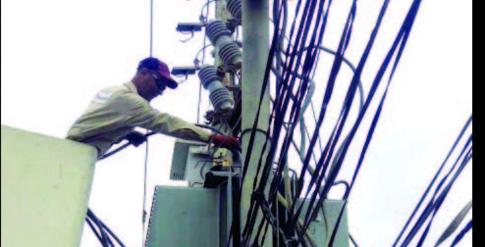 20 - 24 ساعة معدل تجهيز الكهرباء اليومي في النجف