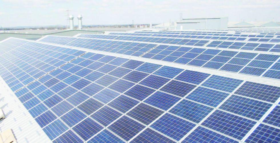 الكهرباء: 2000 وحدة شمسية لمساكن الفقراء