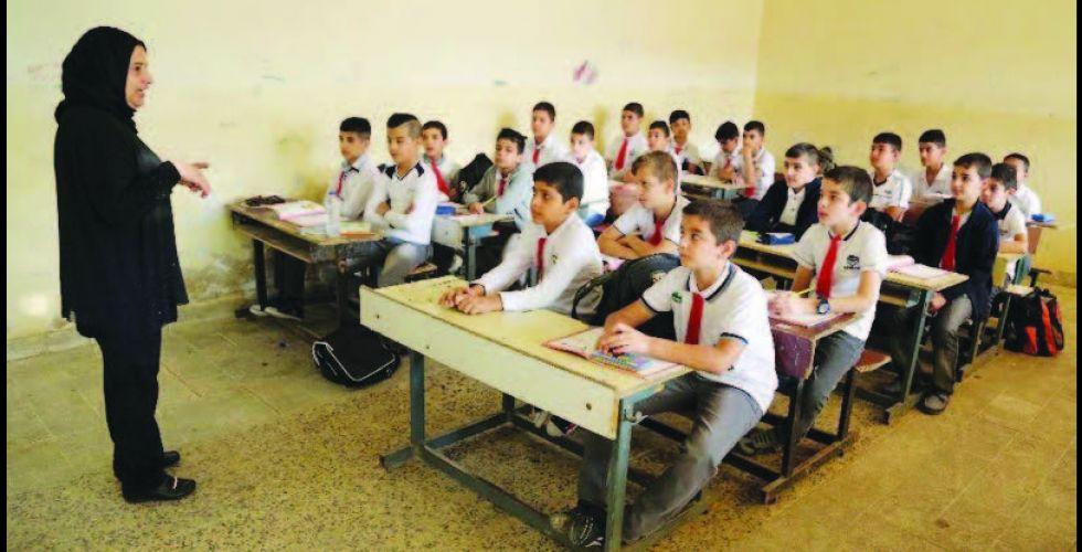 بابل: حملة لتوعية الطلبة بأهمية العودة لمقاعدهم الدراسية