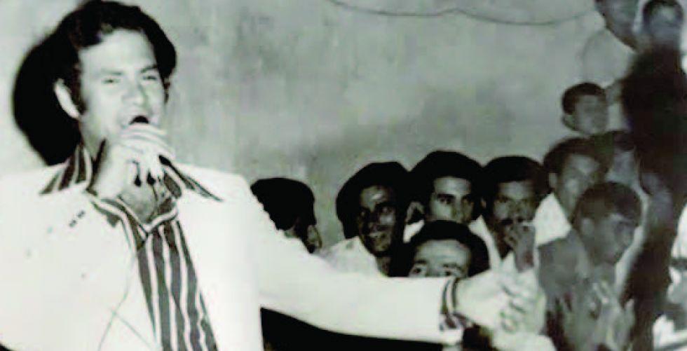 فاضل عواد يغني في حفل ختان بمدينة الصدر