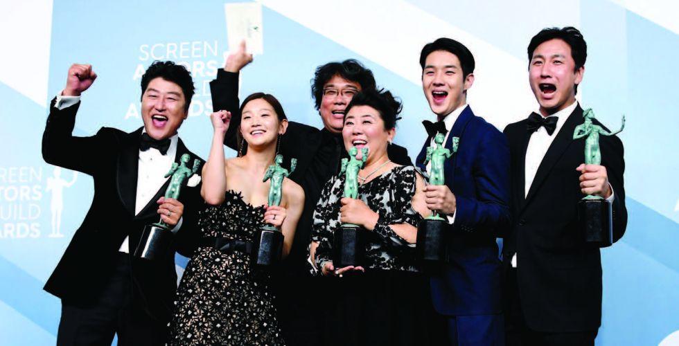 {طفيلي} يخطف الجائزة الكبرى  لنقابة ممثلي الشاشة
