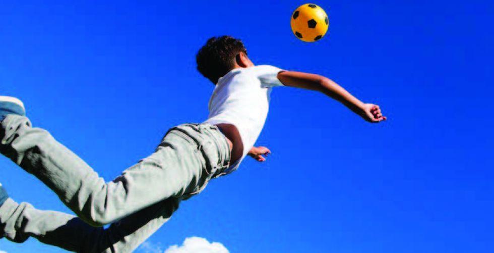 هل يزيد ضرب الكرة بالرأس من خطر الخرف؟