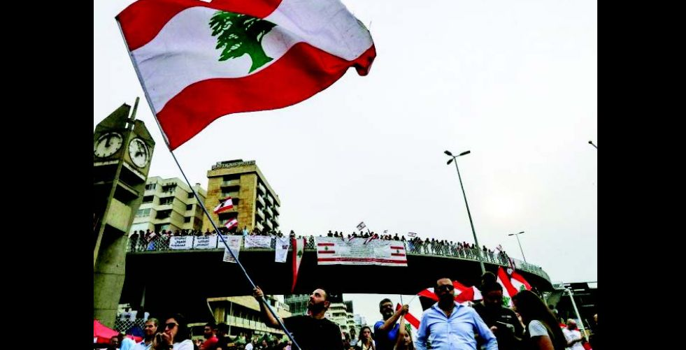 «ستاندرد» تخفّض تصنيف لبنان ودعوة لانتخابات مبكرة