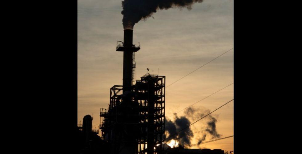 ماذا يعني أنْ يكون سعر النفط سلبياً؟