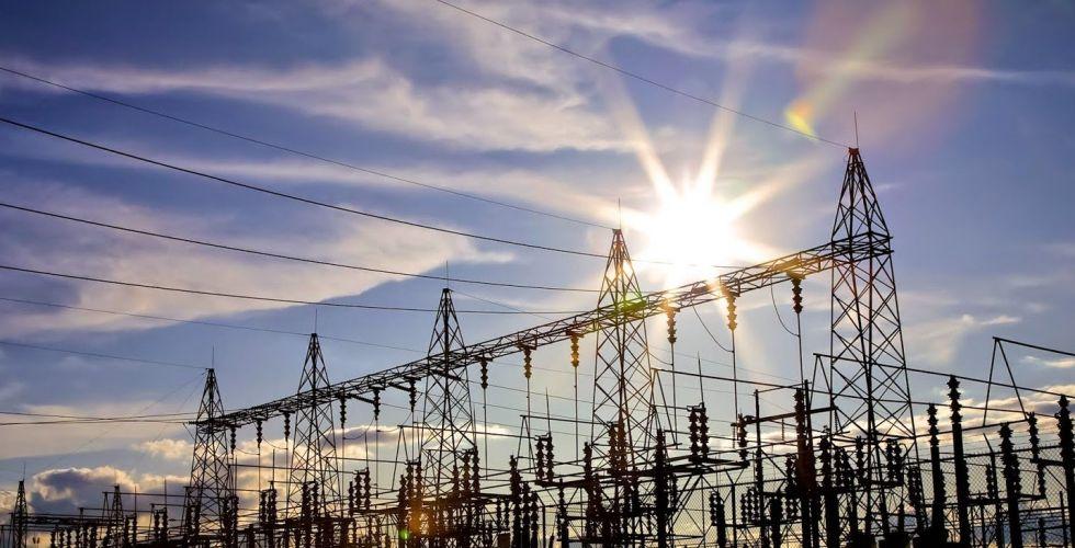 لجنة التحقيق البرلمانيَّة الخاصَّة تتسلَّم عقود الكهرباء