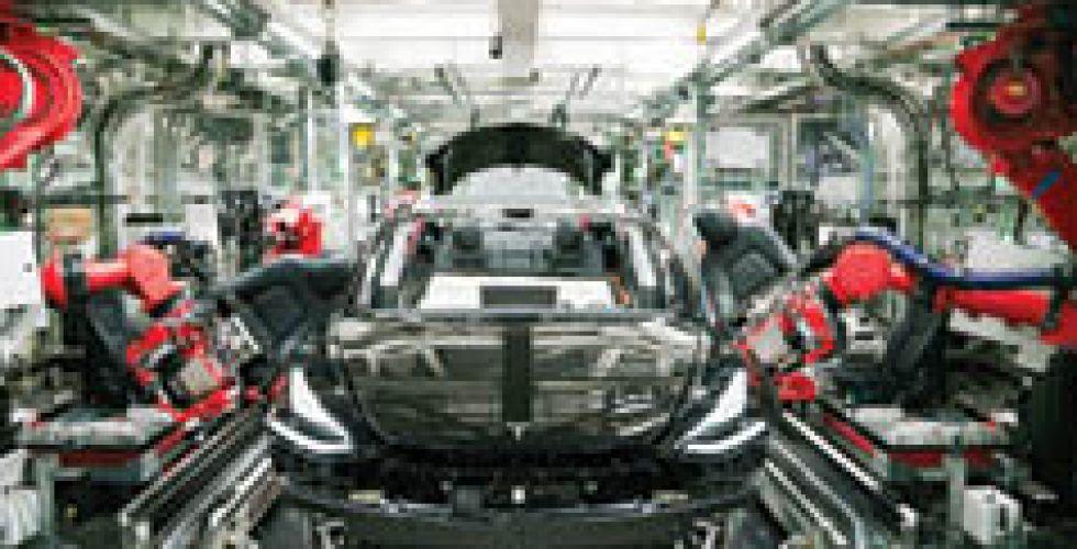 «أوبـــر» تحدد موعداً لجعل كل سياراتها كهربائية