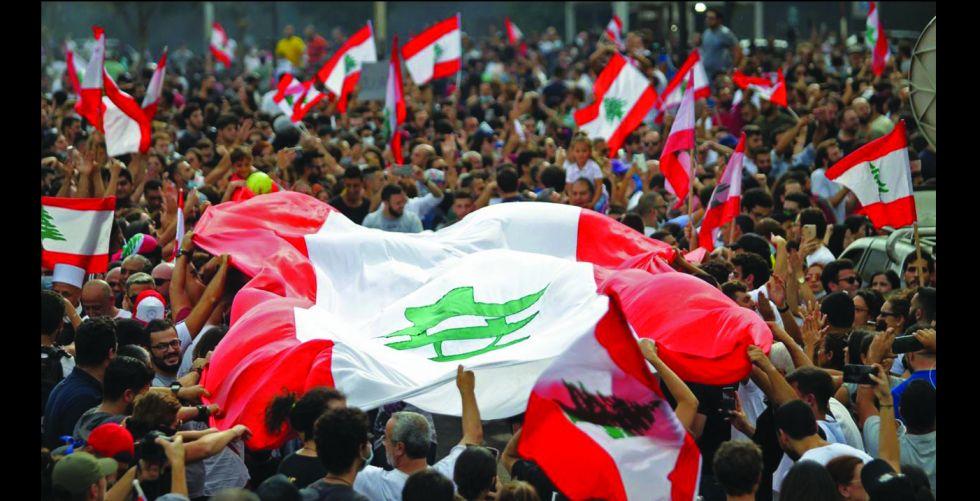 فرنسا تخير اللبنانيين بين تشكيل الحكومة أو «المجهول»