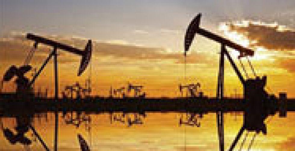 تراجع أسعار النفط مع تنامي المخاوف إزاء الطلب
