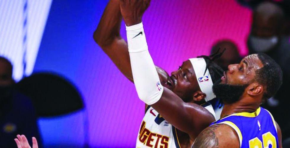 «الملك» ليبرون يقود ليكرز لنهائي الـ {NBA}
