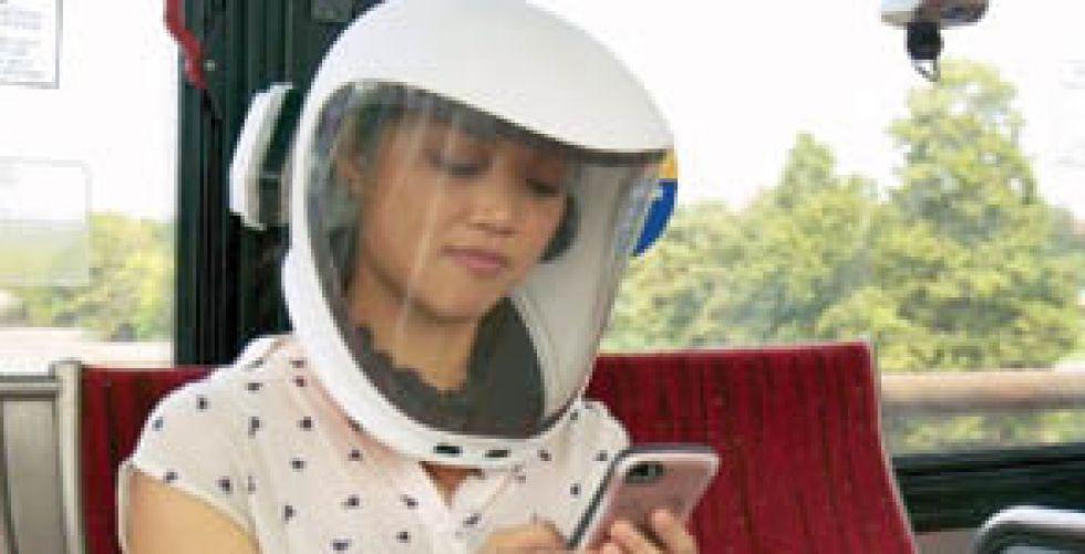 «الخوذة المجنونة» تكنولوجيا متطورة للحماية من «كورونا»