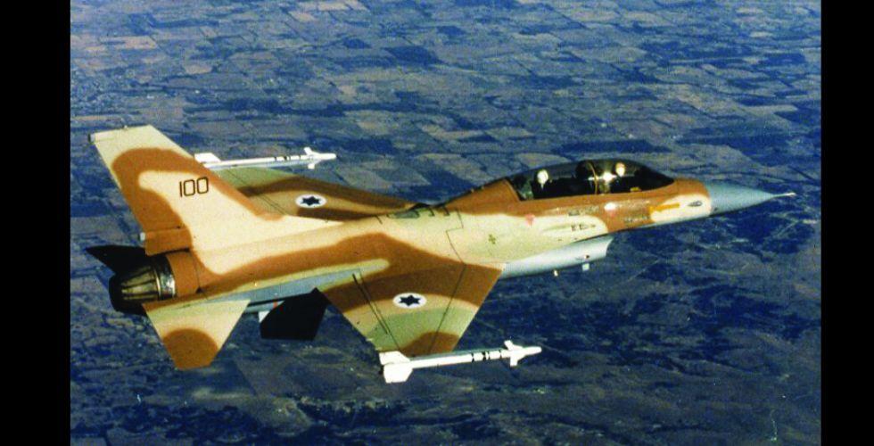 تحليق للطيران الإسرائيلي في سماء بيروت