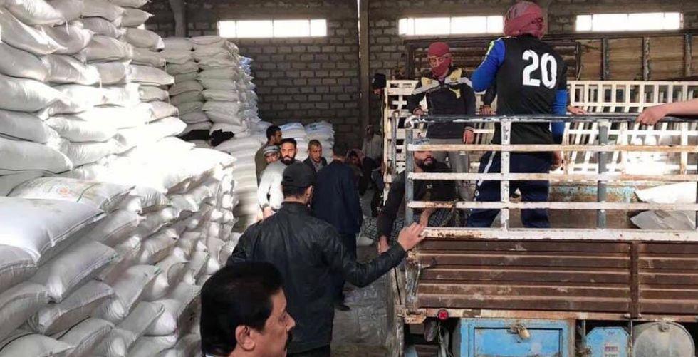 التجارة تجهز الوكلاء بمادة السكر