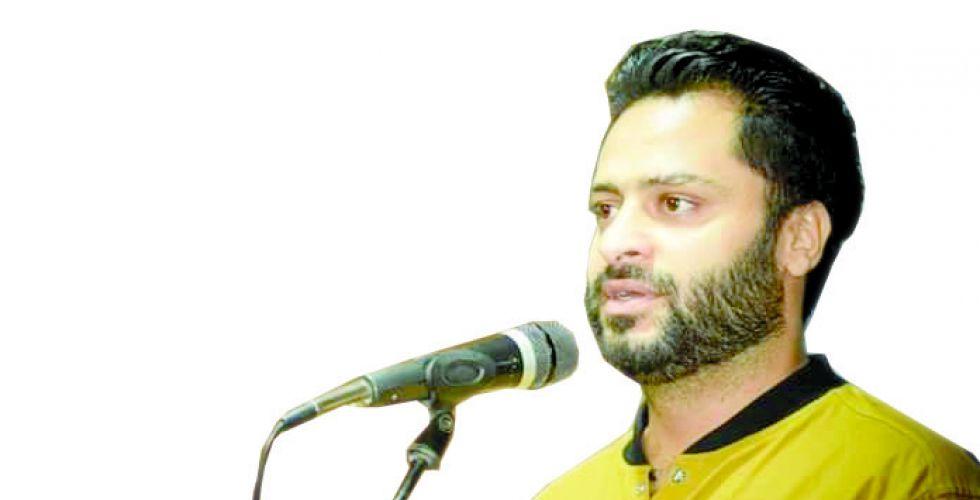 عماد الرماحي: الطرب السبعيني هويتي