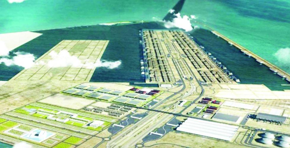 ميناء الفاو.. معدات كبيرة تدخل المشروع مع 200 خبير