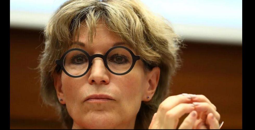 كالامارد تتهم مسؤولاً سعودياً بتهديدها