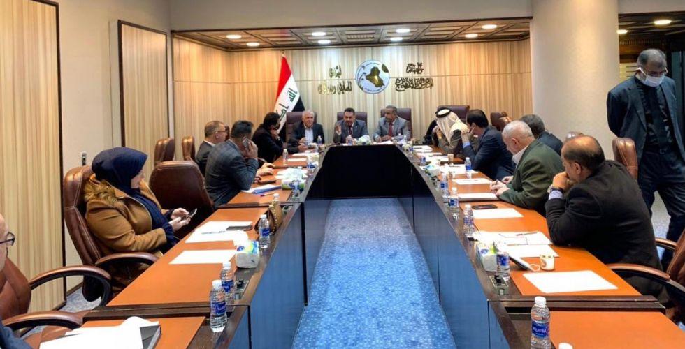 الأمن النيابية تدعو لإقرار قوانين المعلوماتية والمخابرات والأمن الوطني