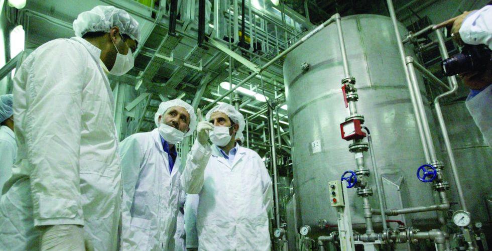 طهران تكشف عن أجهزة طرد مركزية جديدة