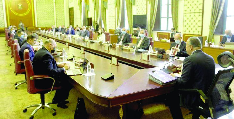 مجلس الوزراء يوافق على التعاقد مع المحاضرين المجانيين