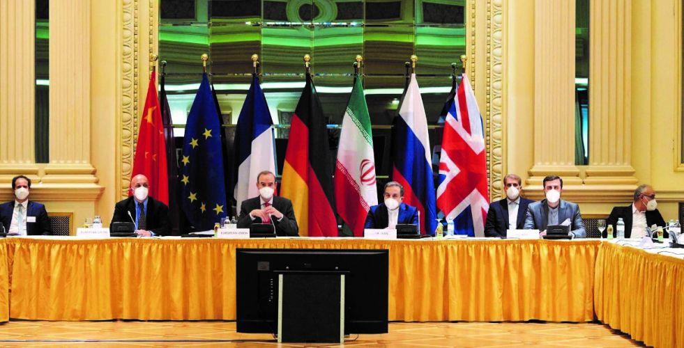 إيران ترفض مقترحا لرفع العقوبات