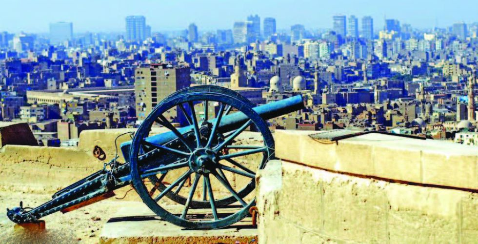 مدافع القاهرة عادت لاعلان الافطار