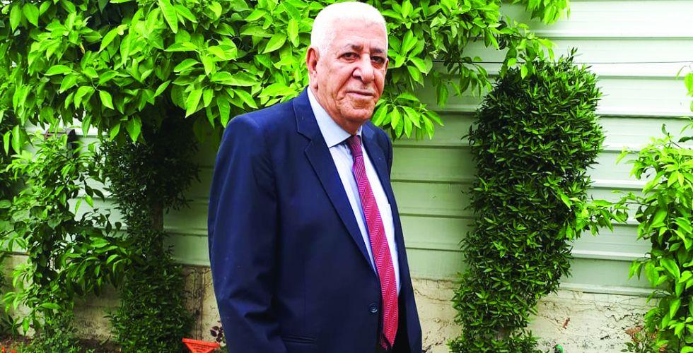 حمود حسين كعيد.. صائغ الورد على جيد القصيدة