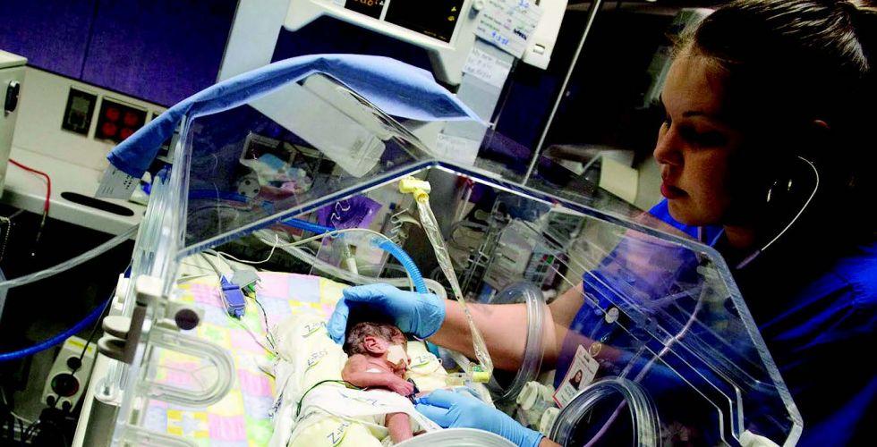 مجسّات لاسلكية تسهّل رعاية المواليد في المستشفيات