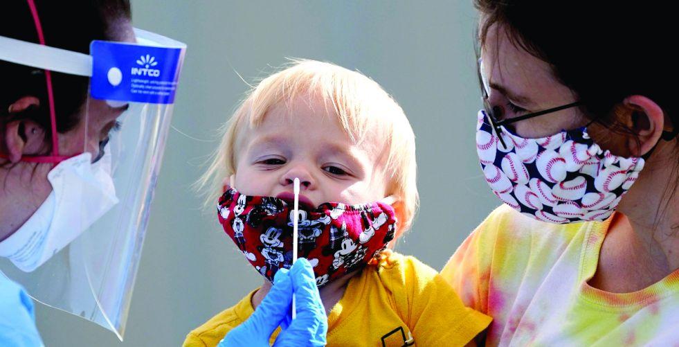 لقاحات كورونا.. وسائل تطعيم  بين التردد والقبول المجتمعي