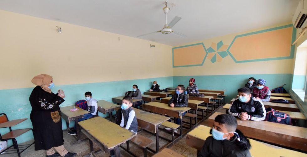 اليوم.. اجتماع «حكومي - نيابي» لحسم مصير العام الدراسي الحالي