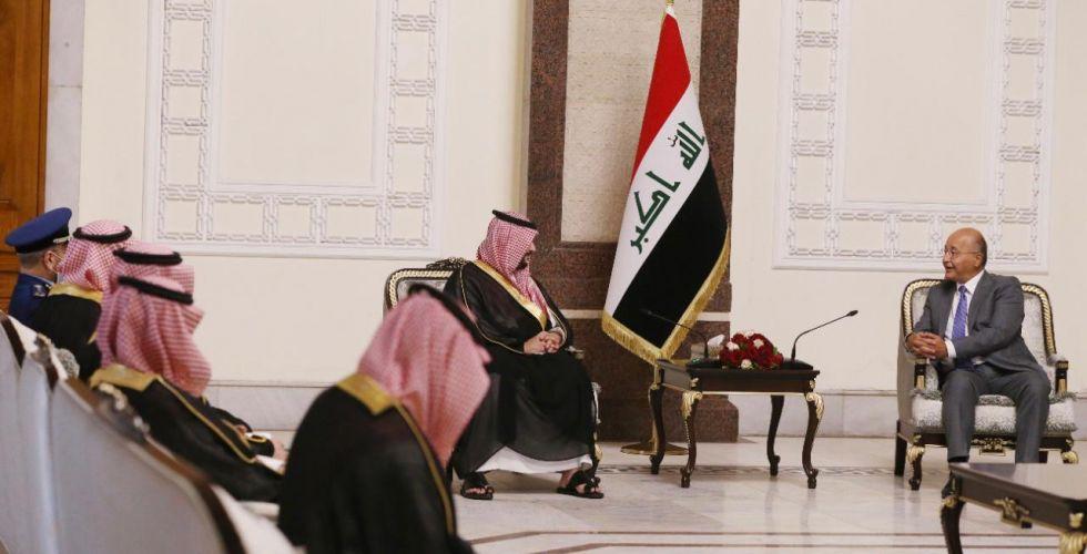 الرئاسات تؤكد لنائب وزير الدفاع السعودي أهمية توطيد التعاون