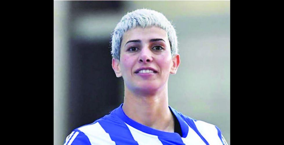 نادية فاضل تطالب المسؤولين بالاهتمام  أسوة بكرة الرجال
