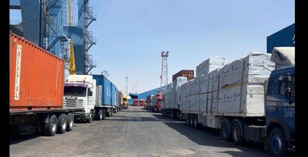 رسوم إضافيَّة تهدِّد بشل الحركة التجاريَّة في موانئ البصرة