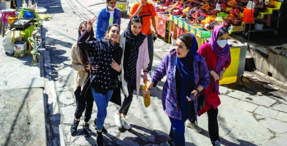 الإيرانيون يتوجَّهون لصناديق الاقتراع  لانتخاب رئيس جديد للجمهوريَّة