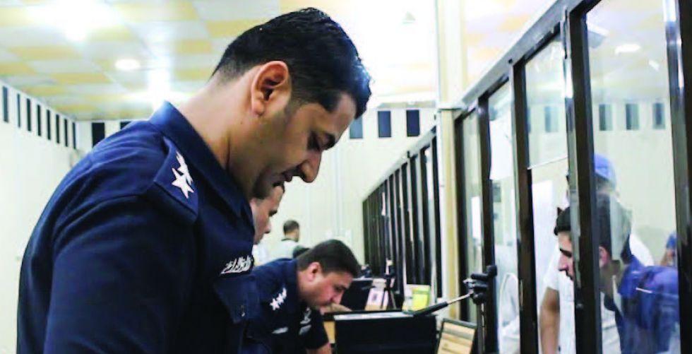 عراقي مقيم في الكويت يشكو من تأخير اصدار جوازات عائلته