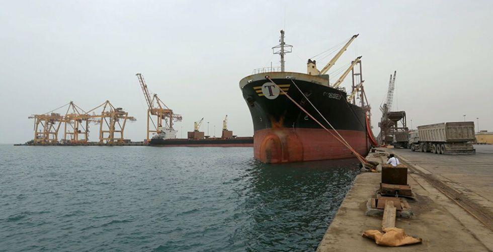 ميناء الحديدة اليمني يستقبل أول سفينة حاويات