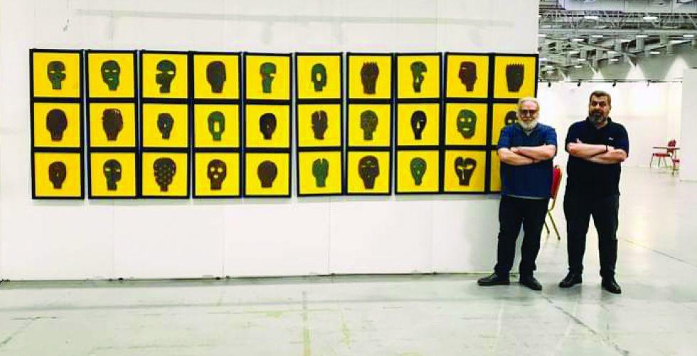 صالح النجار: فن صناعة الأقنعة يبرز الهموم والمعاناة