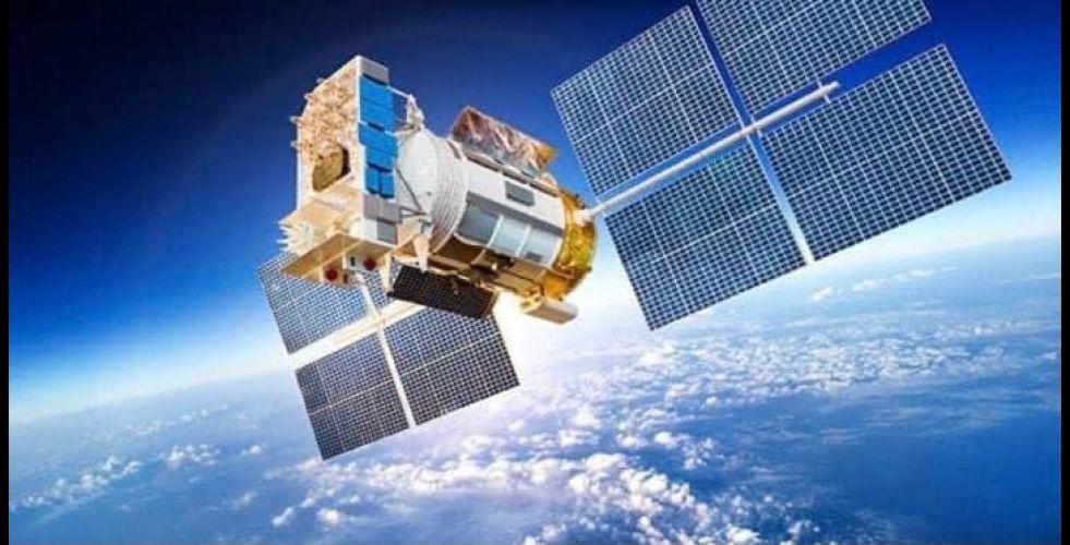 وزير الاتصالات: العراق يستعد لاطلاق أول قمر اصطناعي