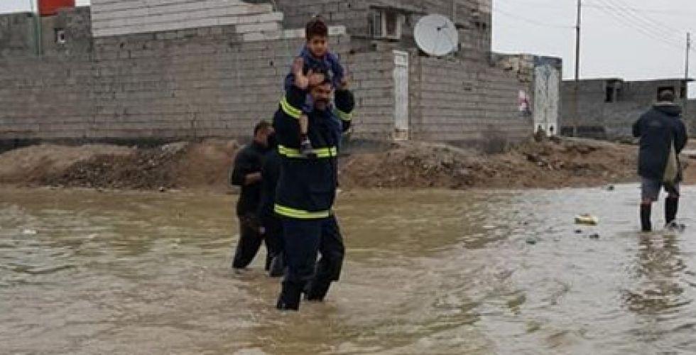 الداخلية تعلن رفع حالة التاهب في خمس محافظات بسبب السيول
