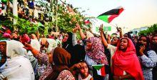 الجيش يسحب البساط من متظاهري الجزائر والسودان