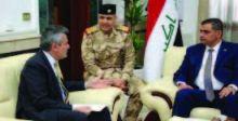 وزير الدفاع يلتقي السفير الإيطالي